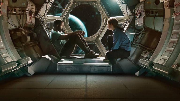 Polizón en una nave espacial, no se me ocurre un lugar peor donde hacer de polizón, pero es lo que le ocurre a uno de los protagonistas